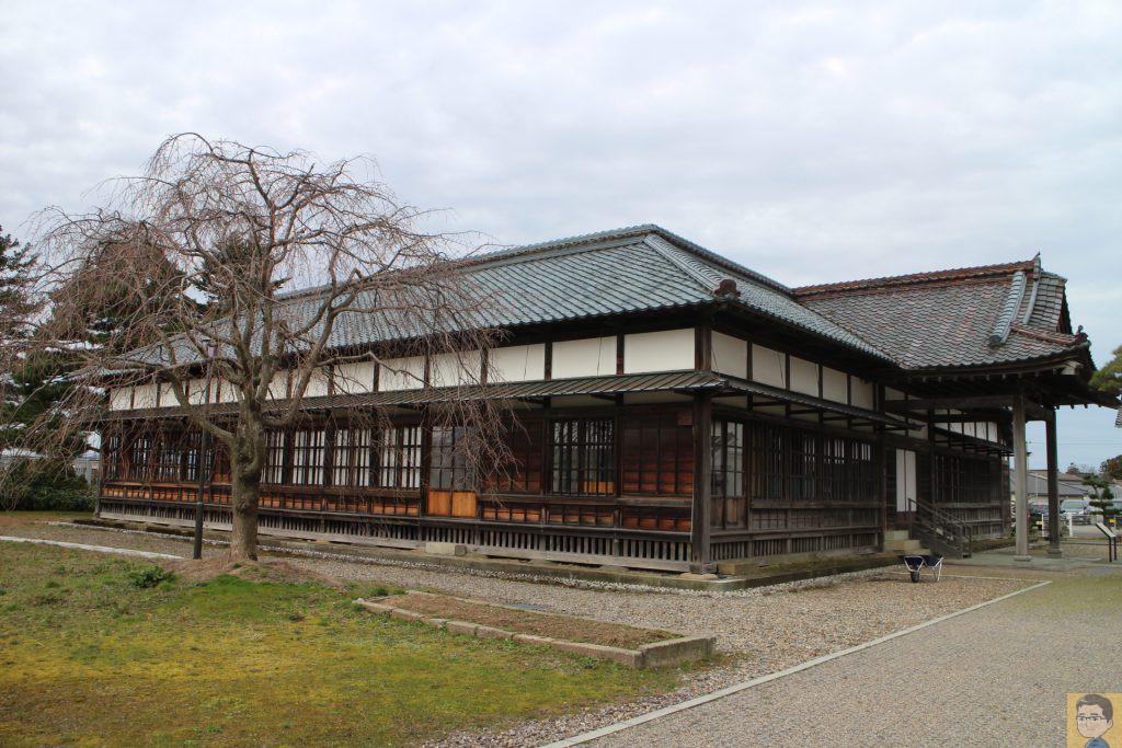 旧東田川郡役所